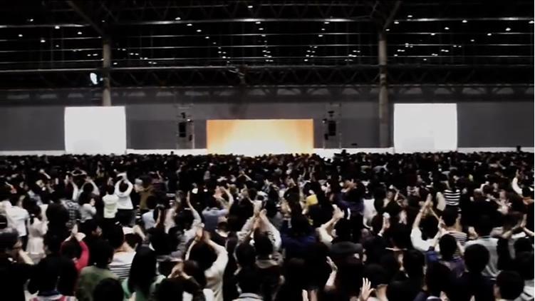 幕張メッセ、6000人の大観衆。